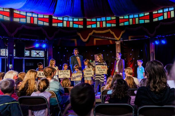 Magic Show at the Turn Pot 09