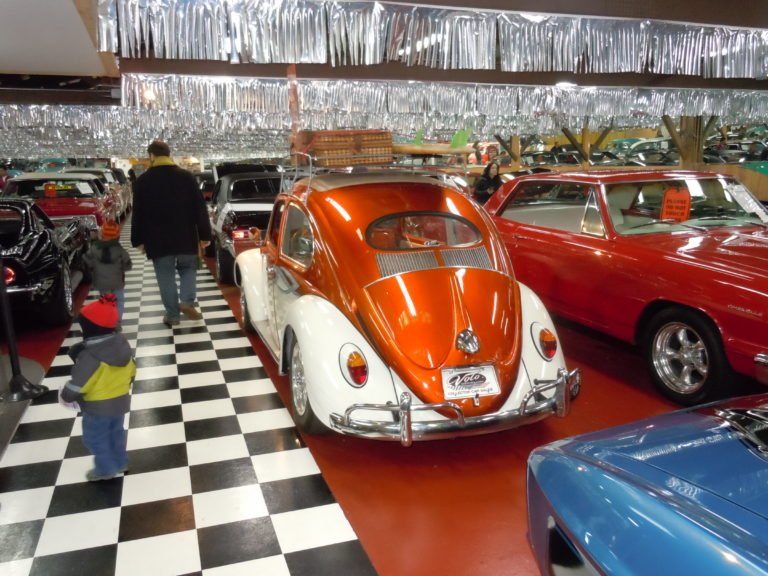 Volo auto museum coupons