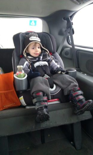 Walgreens Web Pickup - happy kid - Toddling Around Chicagoland #HappyHealthy #CBias