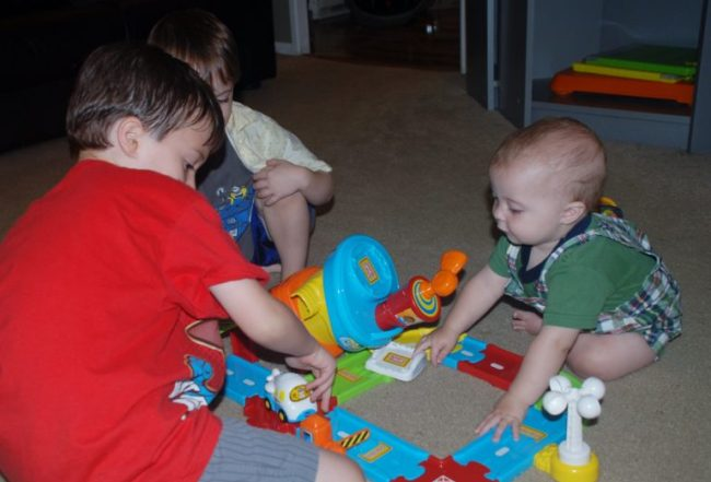 VTech Go! Go! Smart Wheels Airport Playset Review & Giveaway - Toddling Around Chicagoland