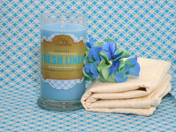Linen Style Candle - Toddling Around Chicagoland #giveaway