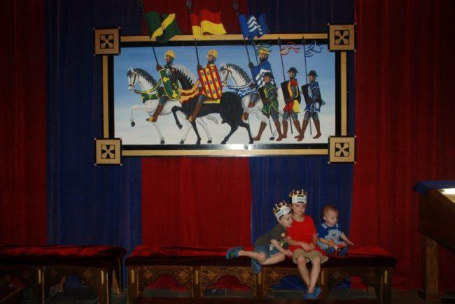 Medieval Times - Toddling Around Chicagoland #MedievalTimesCHI