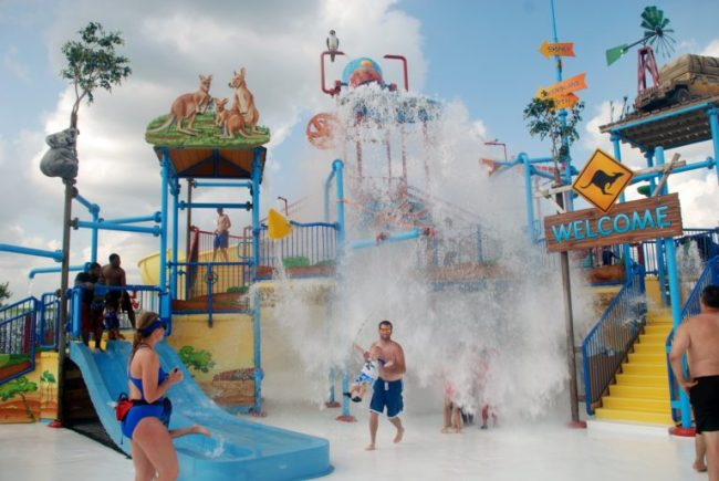 Raging Waves Waterpark - Toddling Around Chicagoland #Welcometosummer