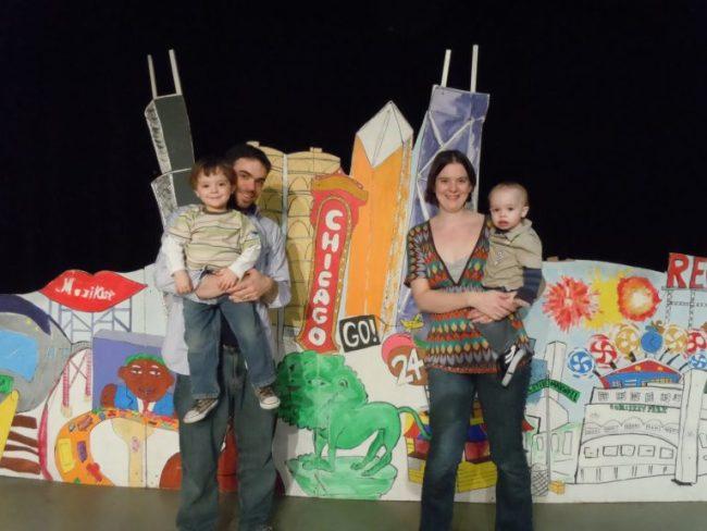 Family photo a Chic-a-go-go