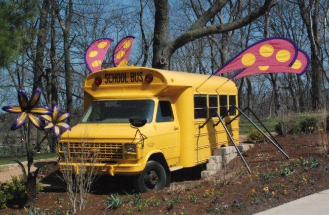 Bookworm Garden #Sheboygan - Magic Schoolbus