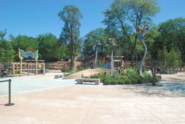 Wild Encounters at Brookfield Zoo - walkway