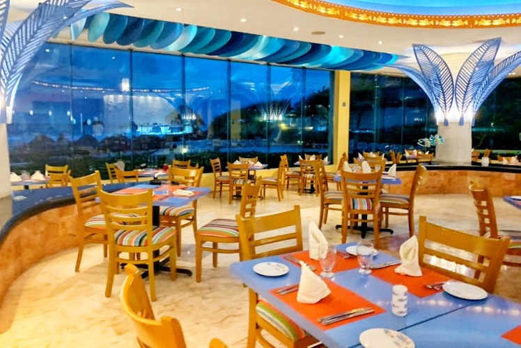 El Pescador Seafood Restaurant at Park Royal Cancun Toddling Traveler