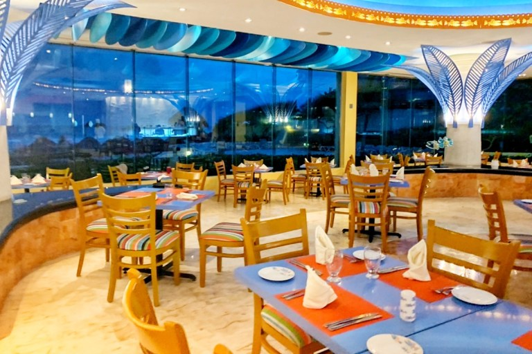 El Pescador Seafood Restaurant at Park Royal Cancun Toddling Traveler