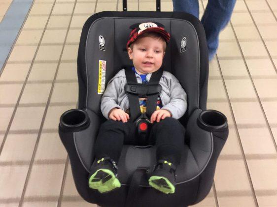 Travel Essentials for Toddler Flying gogobabyz travelmate Toddling Traveler