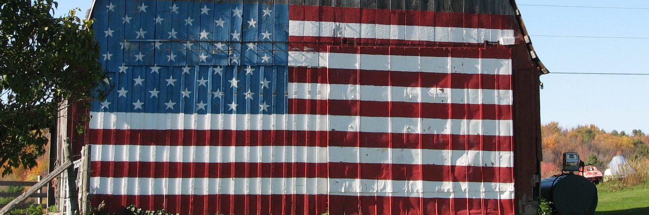cropped-americanflag_barn02.jpg