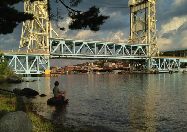 Bridge over (un)troubled waters