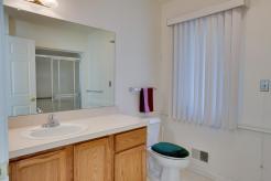 21382 Magnolia Ct, Farmington Hills, MI