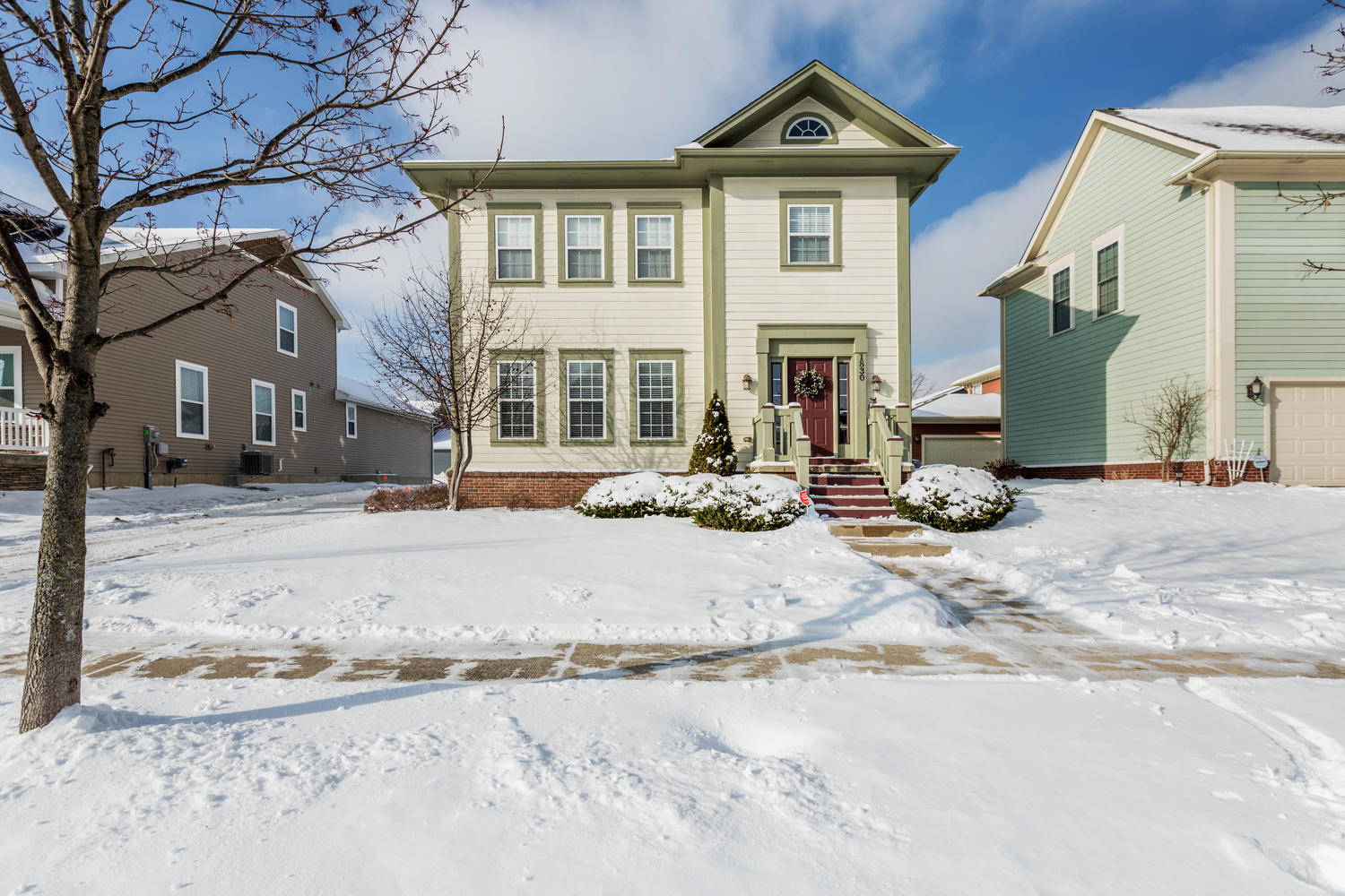 SOLD | Town Commons Colonial | 1830 Gilmore, Howell, MI