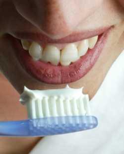 Cuidados de una dentadura postiza parcial Odontología