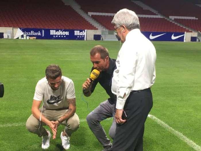 VIDEO: Saúl 'avisa' entre risas al Barça de la longitud de la hierba del Estadio Metropolitano 1