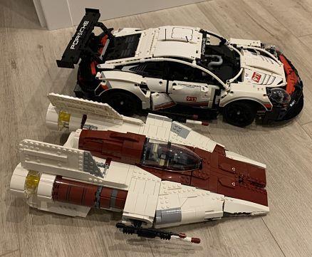 LEGO 42096 Porsche 911 RSR completo vs a wing