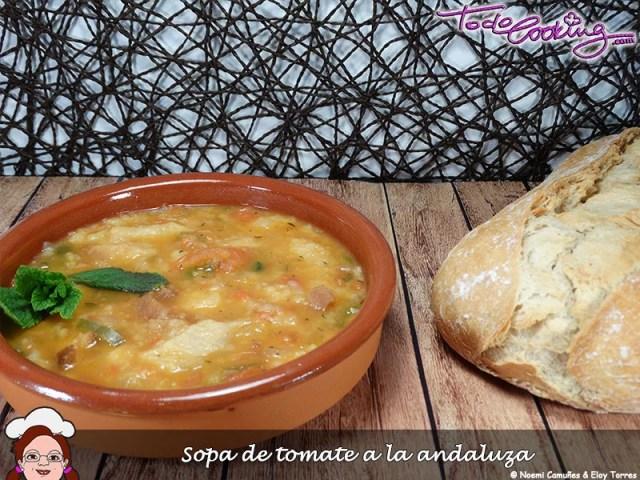 Sopa de tomate a la andaluza
