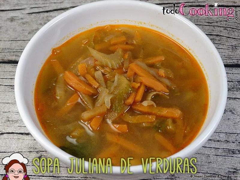 Sopa-Juliana-de-verduras-1