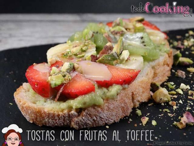Tostas-frutas-al-toffee-02