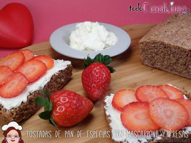 Tostadas-Pan-Especias-Mascarpone-Fresas-02