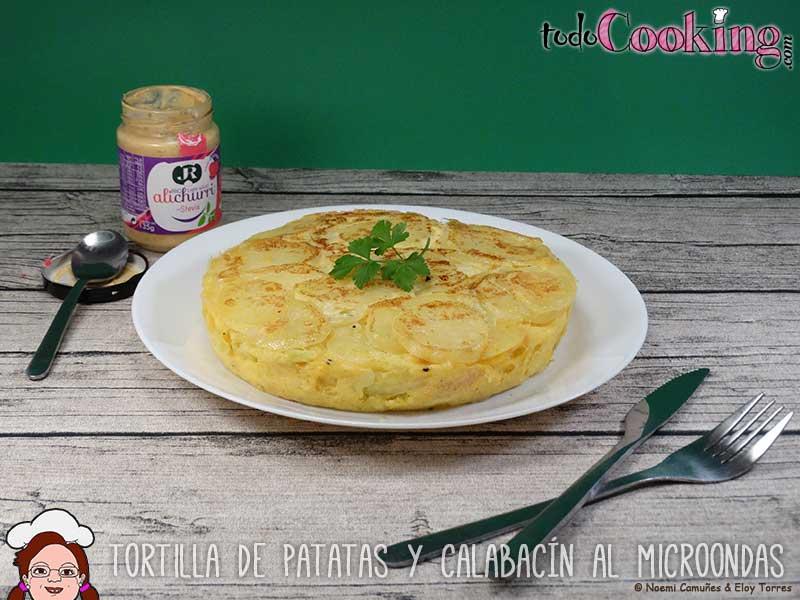 Tortilla-patatas-calabacin-microondas-02