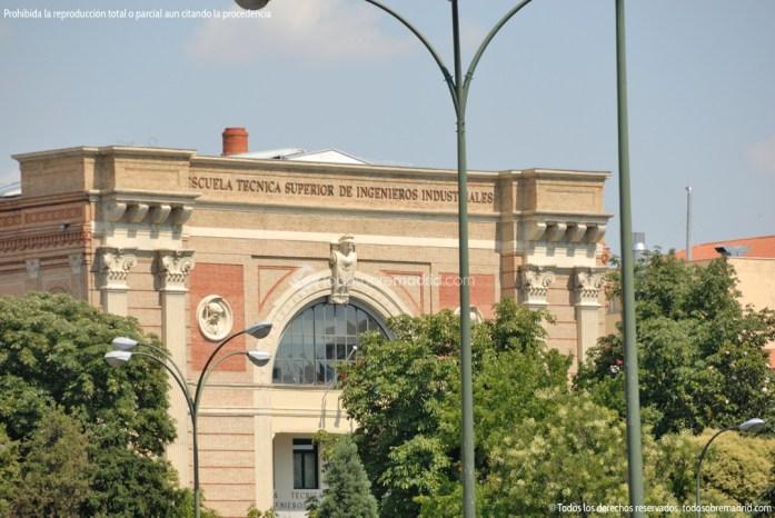 Foto Escuela Técnica Superior de Ingenieros Industriales 1