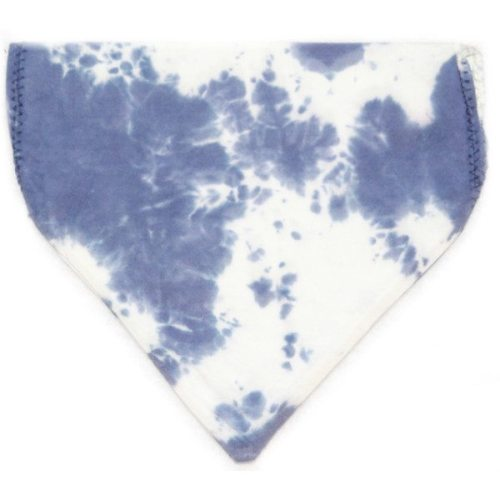 pet bandana with blue scrunch
