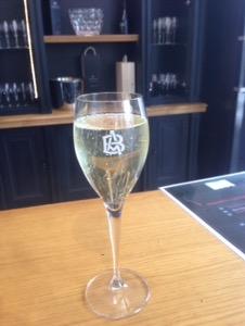 【フランス シャンパーニュ旅行記10】シャンパーニュの街エペルネでシャンパン試飲三昧