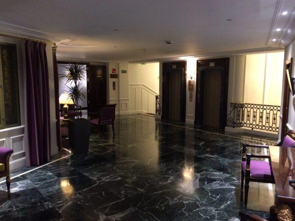 Westin Palace Madrid豪華なエレベーターホール