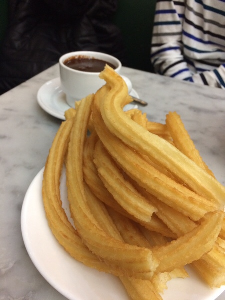 San Ginés Chocolateriaマドリッドでチュロスと言えばここ!