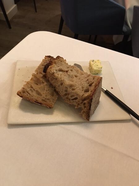 yoshinori paris美味しいThierry Delabreのパン