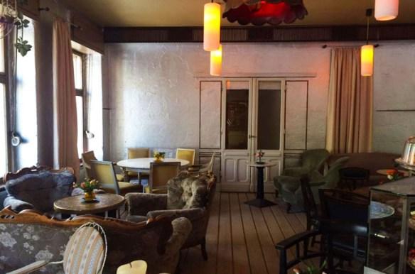 Unterwegs in Berlin – Wohnzimmer Bar   Törtchen - Made in Berlin