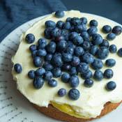 Victoria Sponge Lemon Curd Heidelbeeren