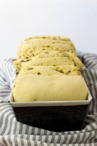 Rezept Zupfbrot mit Kräuterbutter zum Grillen