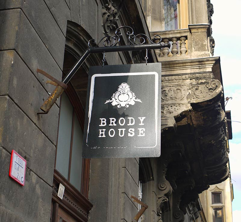 brody-house-budapest-boutique-hotel-sign