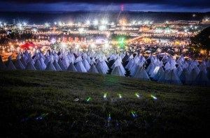 Glastonburyatnight-Glastonbury2013-JC01