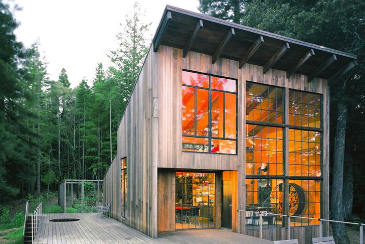 Lundberg-Design-Recycled-Woodland-Breuer-Cabin-1