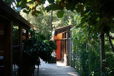 Lundberg-Design-Recycled-Woodland-Breuer-Cabin-8