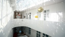 ShockBlast-Vintage-Design-Hotel-Sax-14