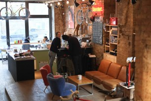 standert-coffee-and-bike-shop-in-berlin-14