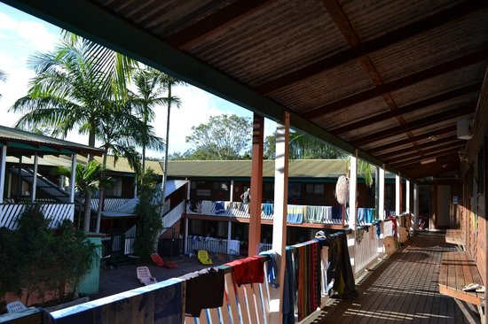 the-arts-factory-backpackers-1