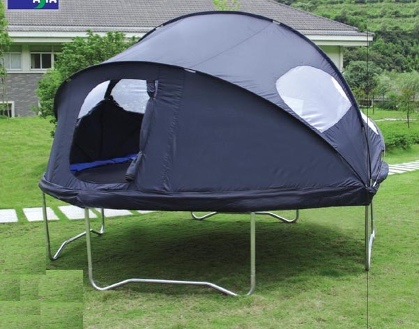 trampoline-tent