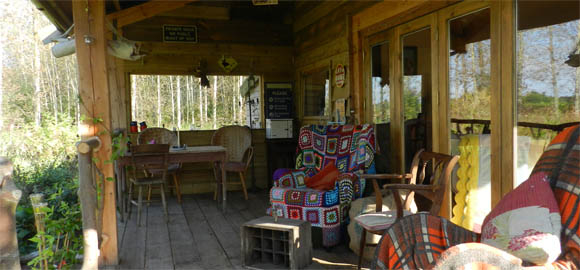 on-the-veranda-at-the-arc-cabin-cambridgeshire_cs_gallery_preview