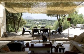 modern_vacation_rentals_corsica_france_0211