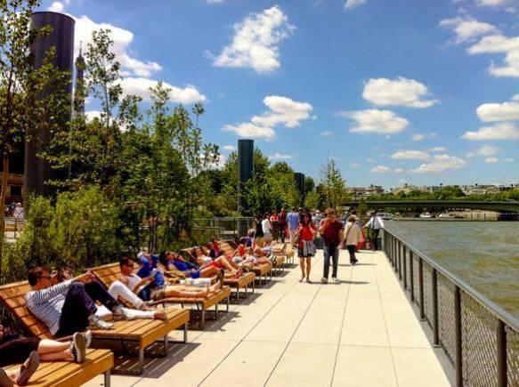 7th-arrondissement-paris-urban-park-seine-river-berges