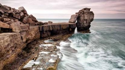 4.shutterstock_135572240-jurassic-coast-Pulpit-rock