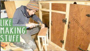 3983090_making-the-kitchen-cupboards-vandog-traveller_1622f96c_m