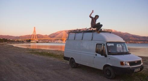 van-dog-traveller10