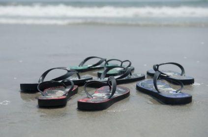 beach-flip-flops-sandals