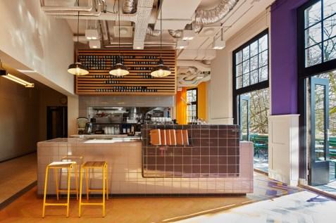 design-agency-generator-hostel-amsterdam-designboom-09